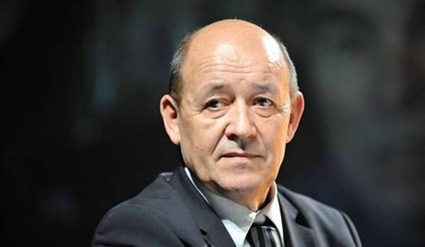le ministre français de la Défense Jean-Yves Le Drian