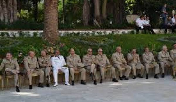 L'Armée a fait et défait les présidents algériens depuis 1962