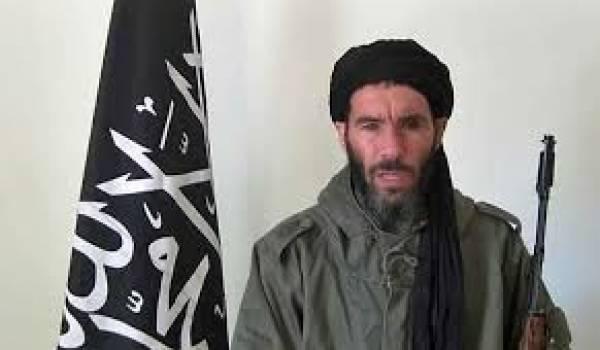 Mokhtar Belmokhtar serait vivant selon AQMI.