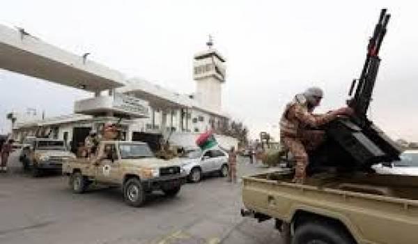 La milice Fajr Libya s'en prend au consulat tunisien