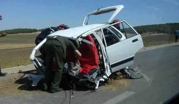 Des milliers d'Algériens meurent sur les routes.