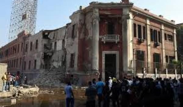 Un attentat a secoué le consulat d'Italie au Caire.