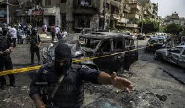 Les jihadistes multiplient les attentats contre les services de sécurité.