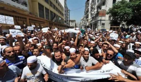 D'habitude réservés, les Mozabites ont manifesté à Alger pour dénoncer les semeurs de la mort dans leur région.