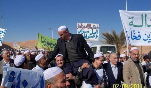 Kameleddine Fekhar arrêté pour ses idées politiques.