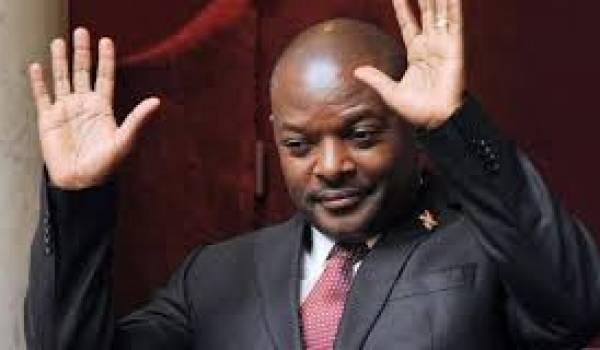 Pierre Nkurunziza persiste.