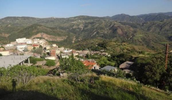 Dans la vallée d'Ath Ouartilane.
