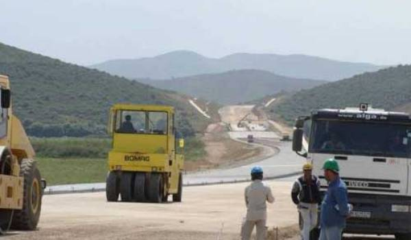 L'autoroute la plus chère du monde est algérienne, elle est toujours en chantier...