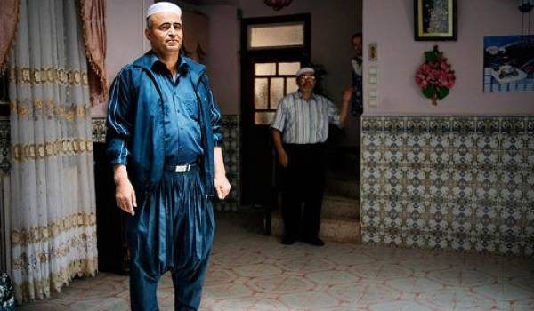 Kameleddine Fekhar, accusé d'atteinte à la surêté de l'Etat, en attendant son procès.
