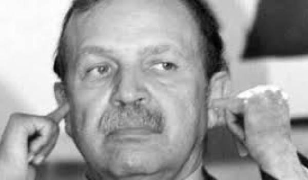 Un chef d'Etat sourd et muet aux cris des Algériens.