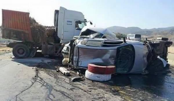 L'excès de vitesse et les dépassements dangereux sont à l'origine de nombreux accidents.