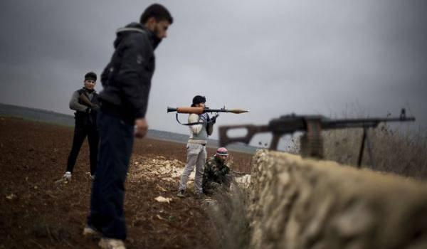 Des rebelles pro-américains qui font défection en Syrie pour rejoindre El Qaida.