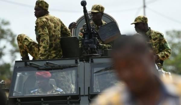 Les putschistes sont menacés par les armées qui se dirigent vers la capitale.