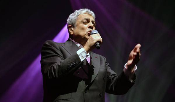 Enrico Macias.