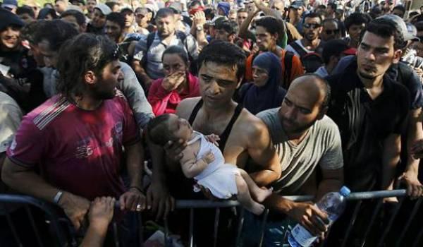 La Croatie est débordée par les milliers de migrants.