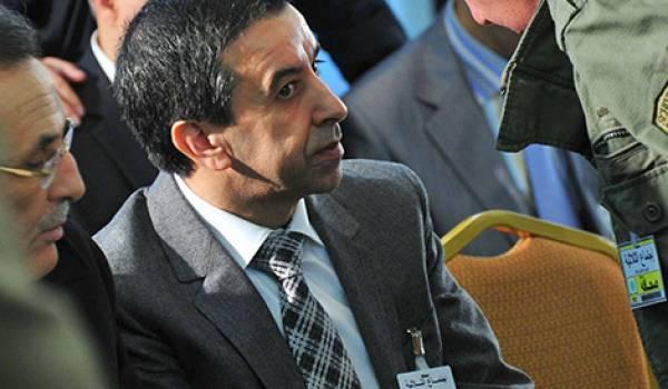 Ali Hadad vient au secours du ministre de l'Industrie.