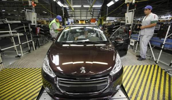 La nouvelle usine devrait fabriquer entre 75000 et 100 000 véhicules par an.