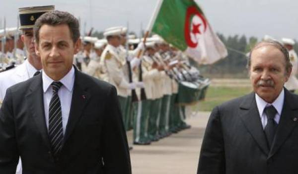 Bouteflika reçoit Nicolas Sarkozy, le président français