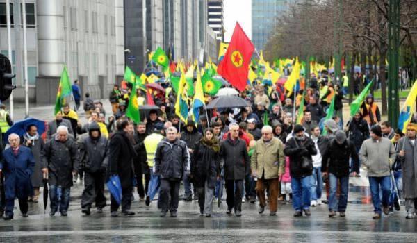 Des manifestants kurdes en Suisse