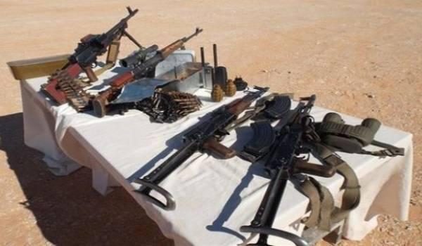 Un lot d'armes et munitions a été découvert par l'ANP.