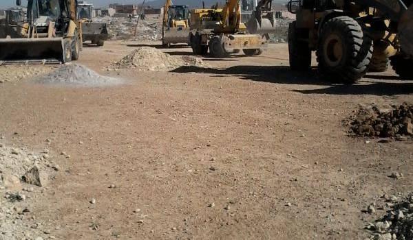 Les bulldozers de la commune ont détruit des maisons construites dans l'illégalité.