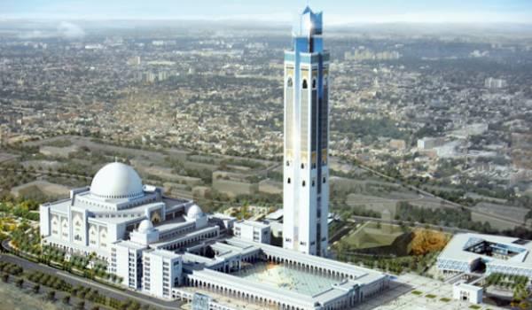 La mosquée d'Alger sera antisismique, selon le ministre de l'Habitat.