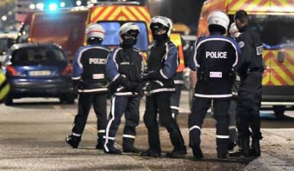 La police a annoncé la fin de l'opération et l'arrestation de plusieurs preneurs d'otages