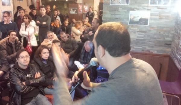 Communion autour de la personne de Hocine Aït Ahmed à Paris