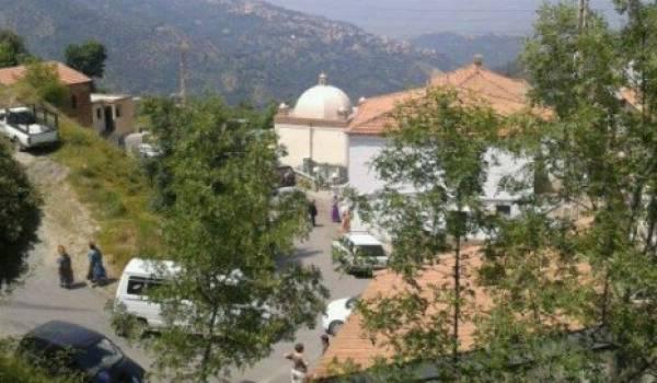 Le hameau Aït Ahmed accueillera pour l'éternité, Hocine Aït Ahmed. un des siens