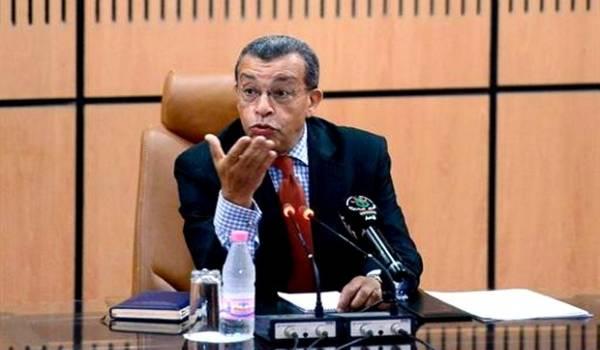 Abderrahmane Benkhelfa a menacé le professeur Mebtoul.