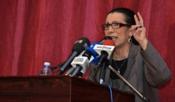 Louisa Hanoune lave de tout reproche le chef de l'Etat.