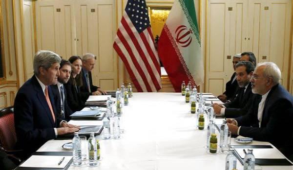Iraniens et Américains pendant les négociations.