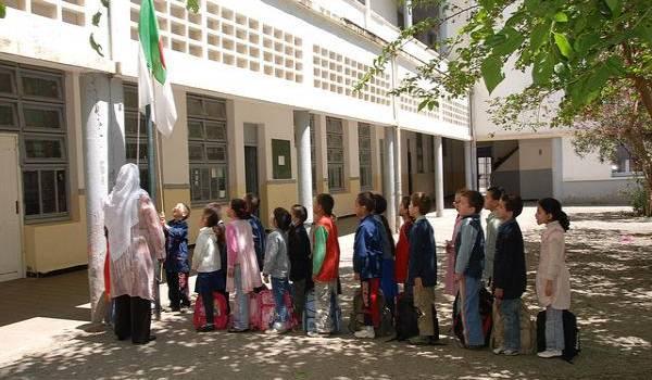 Les lobbys rétrogrades et intégristes ont pris en otage l'école algérienne.