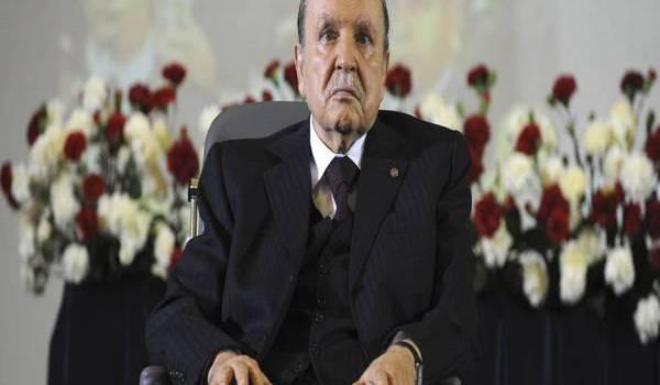 Abdelaziz Bouteflika entend maintenir le système et assurer sa pérennité.