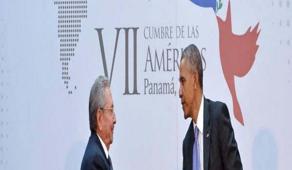 Cette poignée de main entre Raul Castro et Obama a sonné le glas de l'antiaméricanisme latino-américain.