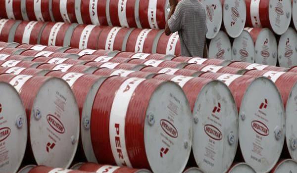 De nombreux analystes évoquent la possibilité d'un baril de pétrole à 20 dollars les mois prochains
