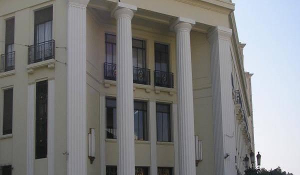 Le gouverneur de la Banque d'Algérie a annoncé récemment le renflouement des banques.