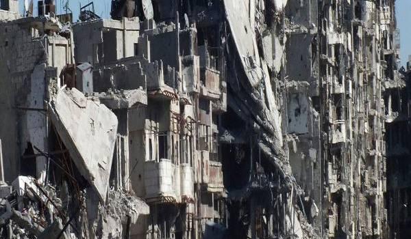 Le régime syrien encercle les villes et bombarde sans pitié.