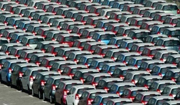 Baisse de plus de 60% des importations de véhicules en janvier 2016