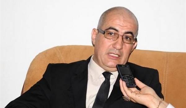 Pour le SG du Haut-commissariat à l'amazighité (HCA) Hachemi Assad, pas de différence pour l'utilisation de caractères.