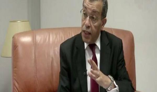 Abderrahmane Benkhalfa, ministre des Finances