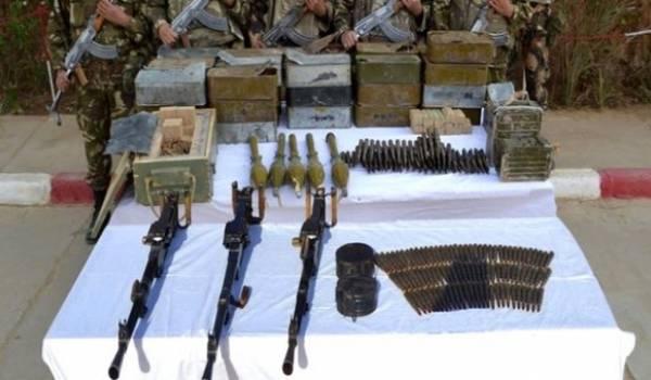 Un lot d'armes impressionnant découvert par l'ANP à Guemar.