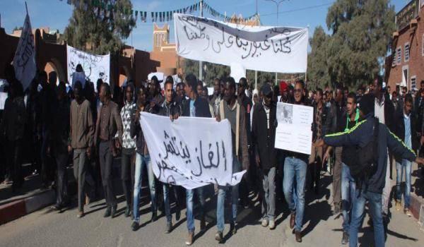 Neuf manifestants condamnés à un an de prison.