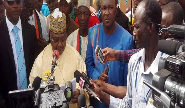 L'opposition nigérienne boycotte le deuxième tour.