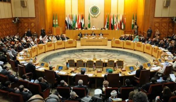 Pourquoi la Fédération internationale des journalistes accorde-t-elle du crédit à la très autoritaire Ligue arabe ?