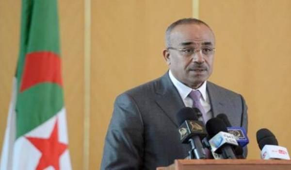 Le ministre de l'Intérieur et des Collectivités locales, Nourdine Bedoui.