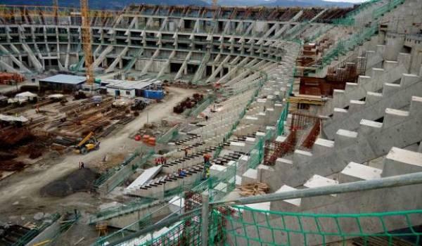 Le stade en chantier.