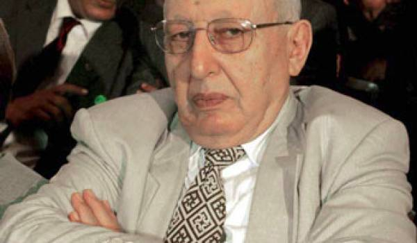 Le clan au pouvoir a convoqué la mémoire falote de Belaïd Abdesselam pour s'en prendre à Rebrab.