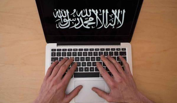 Le gouvernement français renforce son plan anti-radicalisation