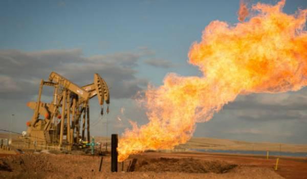 Malgré les dangers et la pollution induite, il se trouve des ministres qui nous parlent des bienfaits du gaz de schiste.